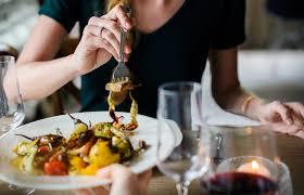 Vì sao nên chia nhỏ bữa ăn hàng ngày để giảm cân.