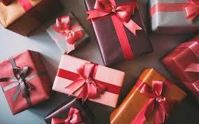 Kinh nghiệm chọn quà doanh nghiệp giá rẻ cho công ty hàng năm.