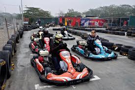 Trải nghiệm đường đua công thức F1 mini tại Hà Nội1