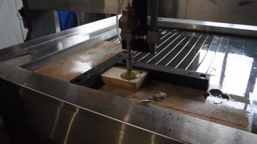 Lắp ráp chế tạo cơ khí với công nghệ cắt tia nước